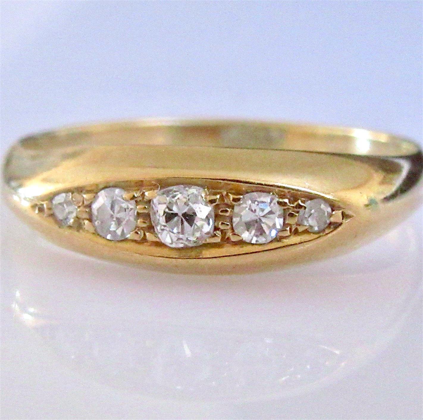 18K Yellow Gold & Mine Cut Diamond Ring