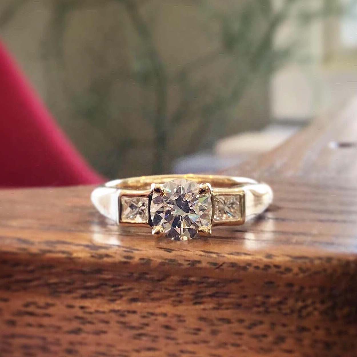 14K Yellow Gold Mounting for Round & Princess Cut Diamonds